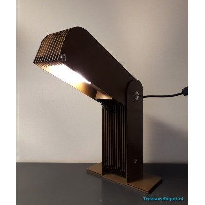 Raak heavy desk lamp